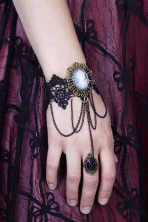 Gothic Cameo Lace Bracelet and Ring Set