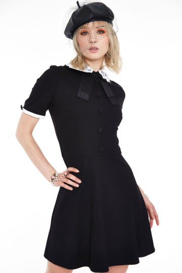 Knit dress with lace collar
